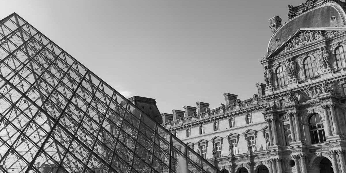 fea-louvre-pyramide